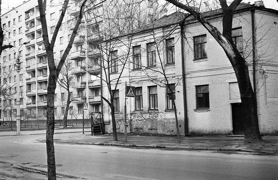 Введенская улица Киев